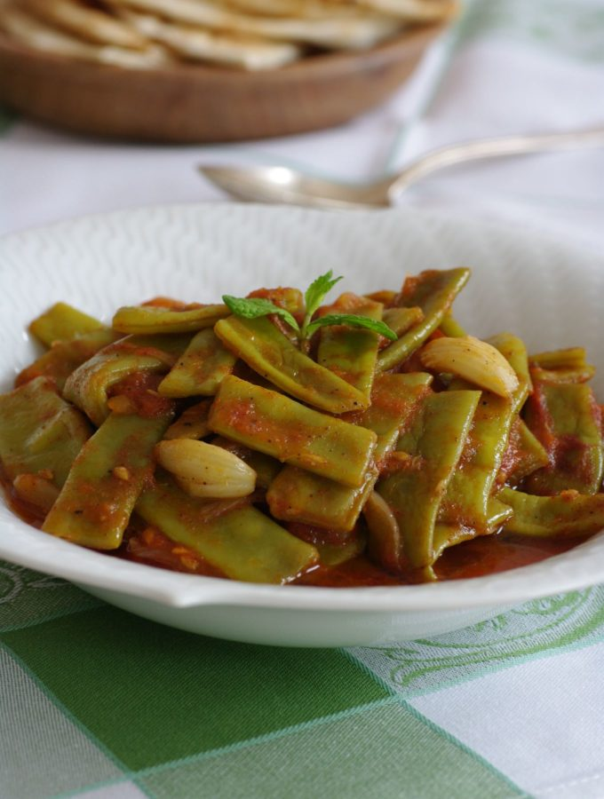 Loubieh bi zeit – Green beans in Olive Oil